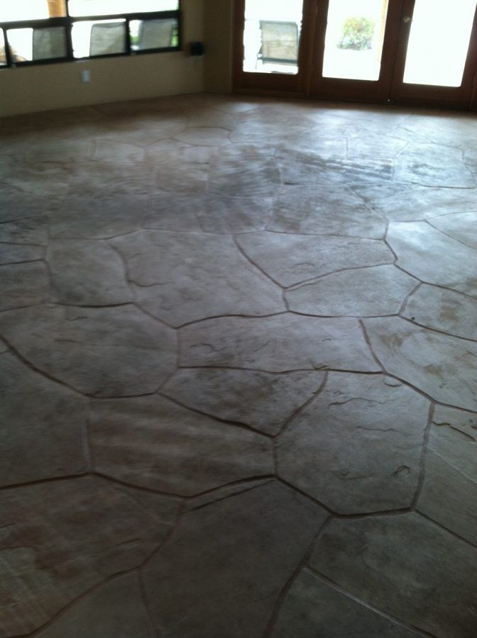 Dirty flagstone | Flagstone | Interiors | Photo Gallery | Baker's Travertine Power Clean